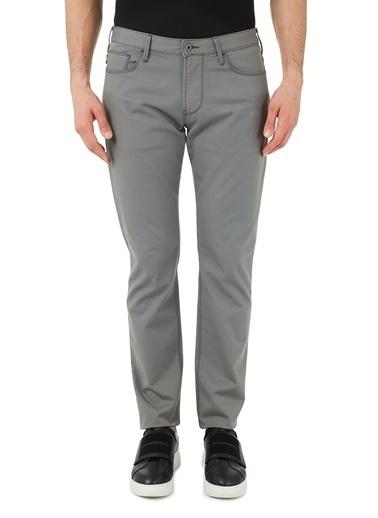 Emporio Armani  Slim Fit Pamuklu J06 Jeans Erkek Pamuklu Pantolon S 8N1J06 1N0Lz 0644 Gri